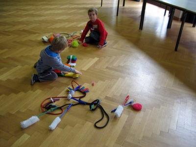 Wir bauen Schrubbgeräte.