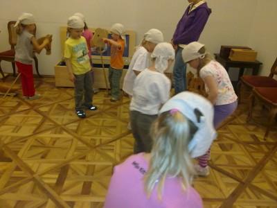 Spielzimmer der Kaiserkinder. Die Kinder fanden keine Plastik-Spielsachen!